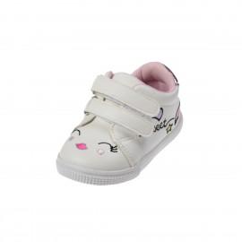 Zapatos Deportivo para bebe con bordados.