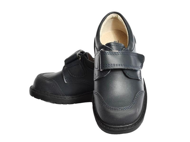 zapato de colegio con velcro